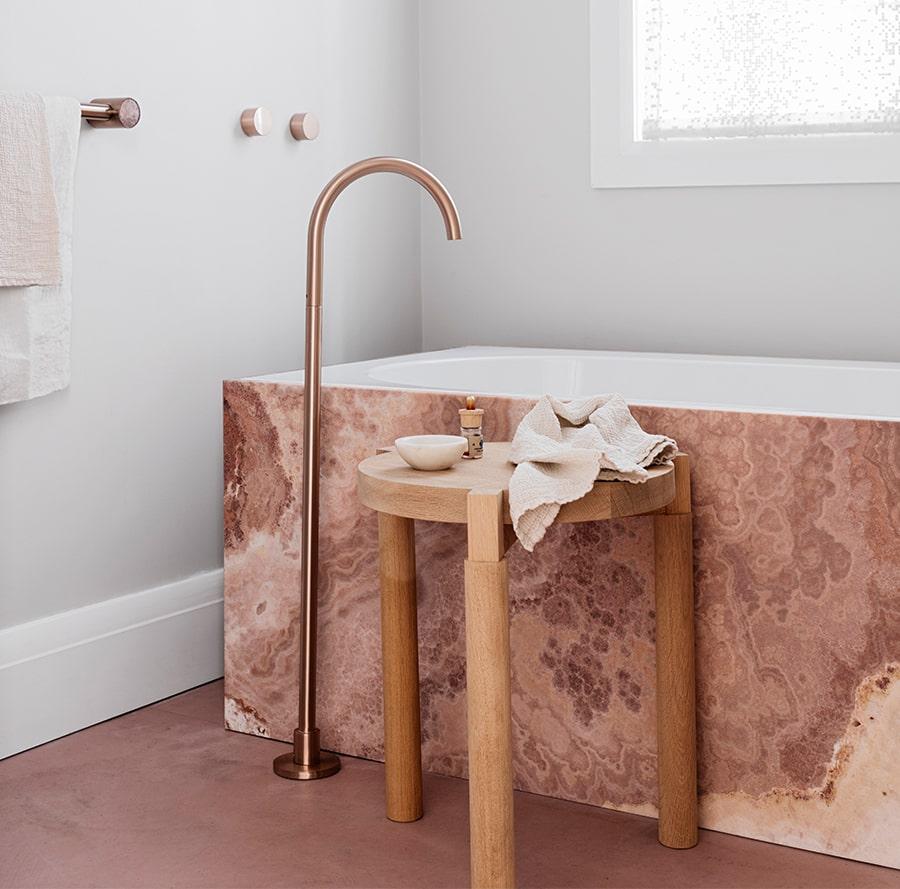 marmo rosa bagno