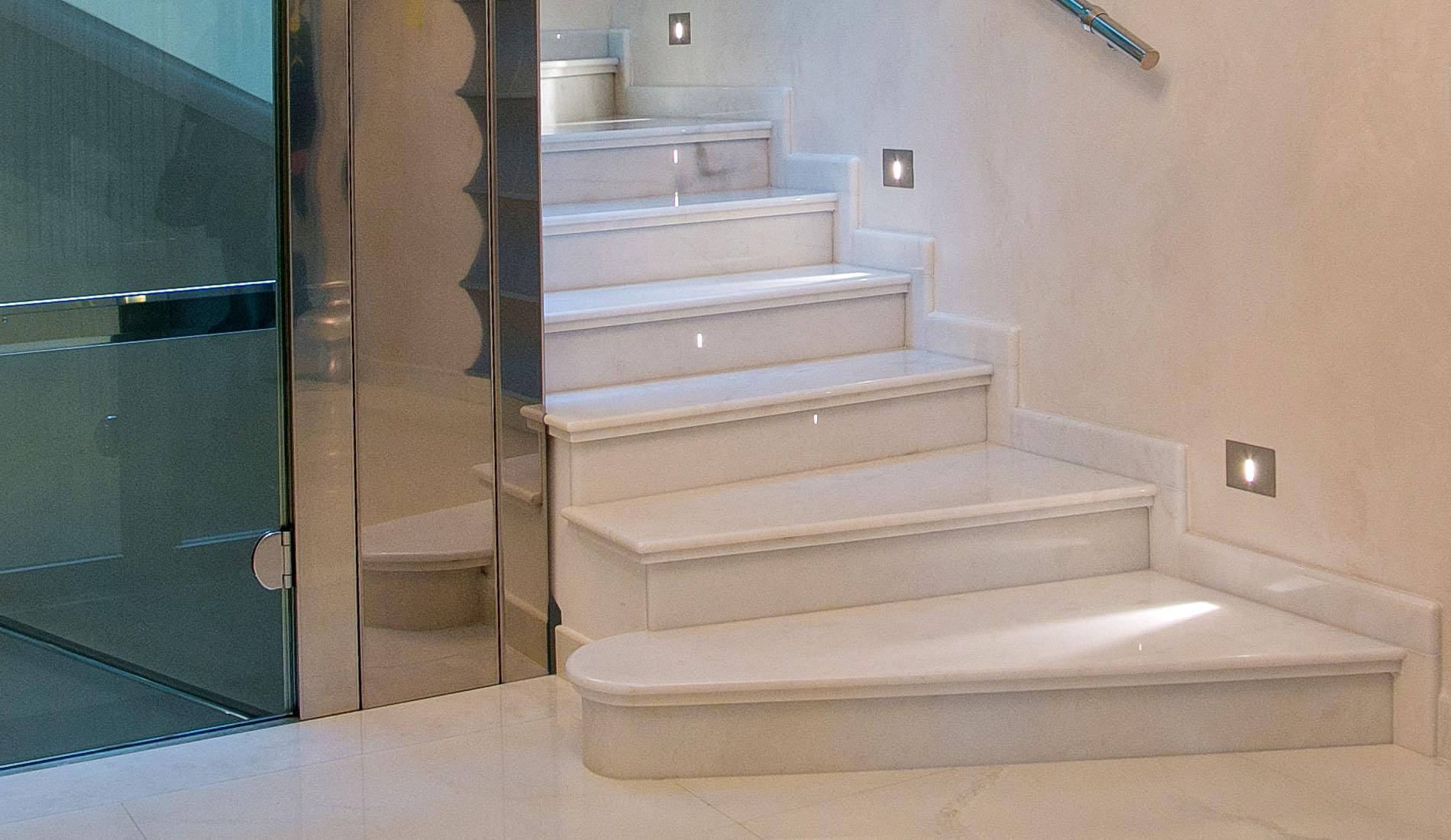 marmi strada scale 8