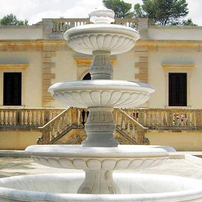 marmi-strada-statue-e-fontane