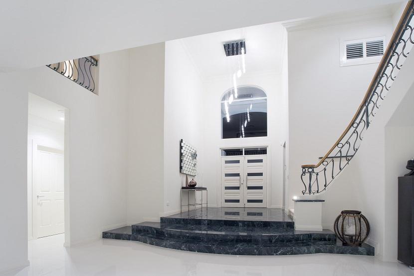 scale in marmo su misura